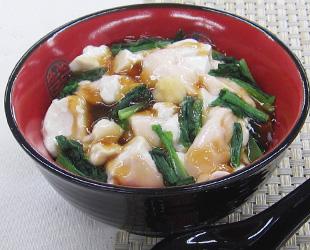 豆腐あんかけ丼風